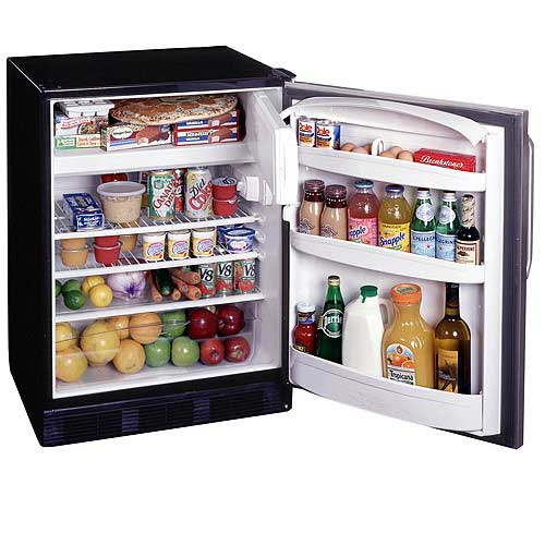 Summit 5.3 Cu. Ft. Refrigerator / Freezer