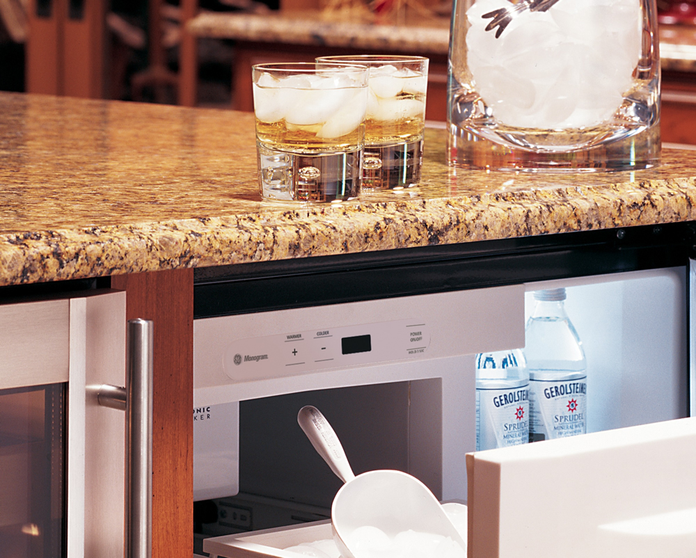 The Benefits of Portable Home Bars