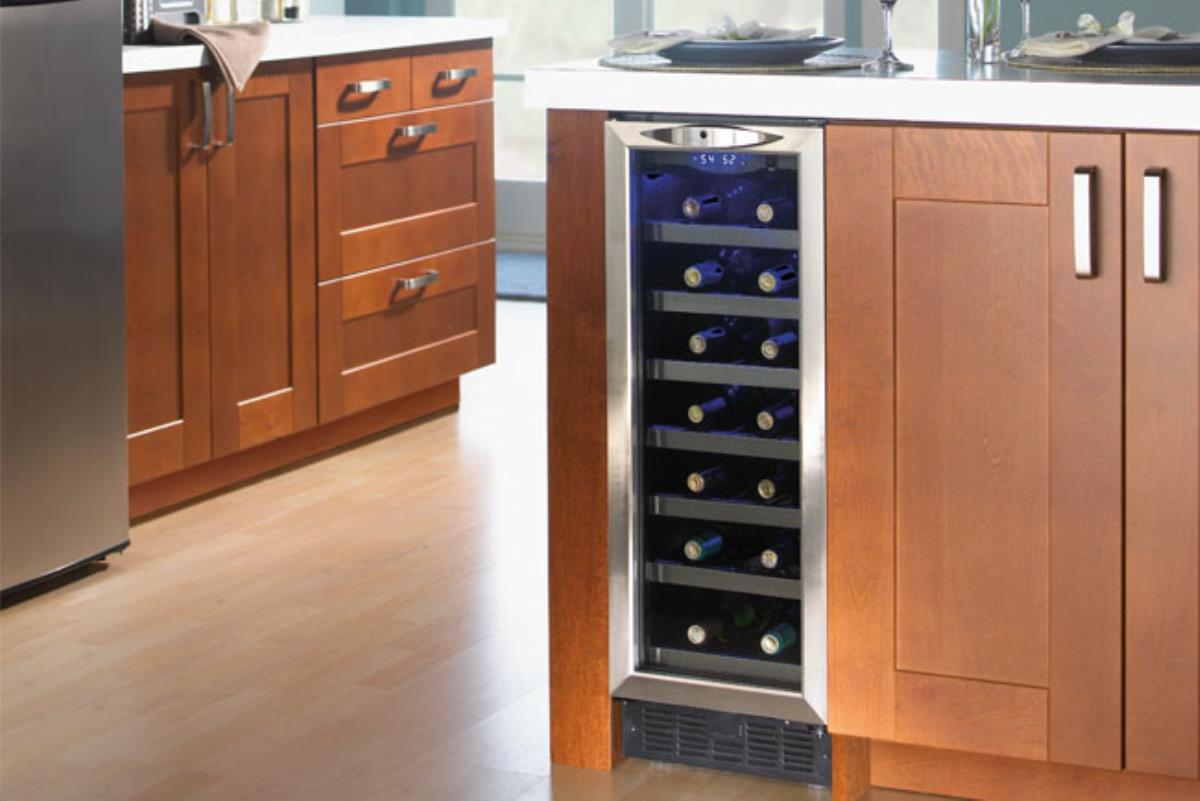 What To Look For In Home Bar Refrigerators